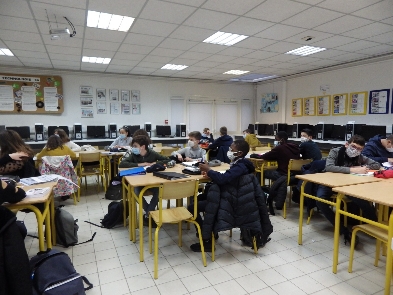Salle de technologie n°1